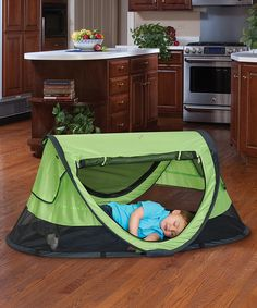 Kiwi PeaPod Plus Travel Bed