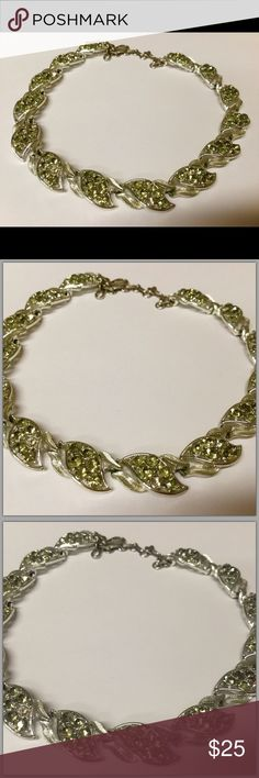 Vintage choker w/ intricate detail yellow diamonds Vintage choker Vintage Jewelry Necklaces