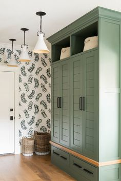 Mudroom Ideas – A mudroom may not be a very essential part of the house. Smart Mudroom Ideas to Enhance Your Home Laundry Nook, Laundry Baskets, Room Interior Design, Colorful Interior Design, Mudroom, My Dream Home, Sweet Home, New Homes, House Styles