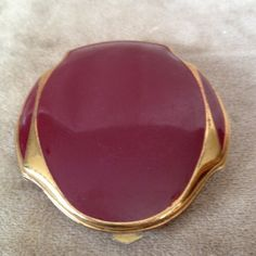 Vintage Elgin American Powder and Rouge Compact by DejaVuMarket, $23.00
