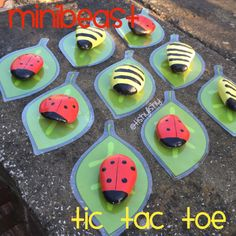 Rock minibeasts to use for a game of tic tac toe. Kids Learning Activities, Home Learning, Teaching Kids, Time Activities, Minibeast Art, Minibeasts Eyfs, Preschool Crafts, Crafts For Kids, Painted Pavers