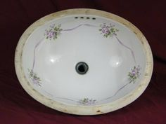 Columbus Architectural Salvage is a resource for old house parts and architectural elements for reuse in today's decorating, renovation, and construction projects. Bathroom Sink Bowls, Sinks, Architectural Salvage, Architectural Elements, Flea Market Finds, Bath Decor, Repurposed, Hand Painted, Decorating