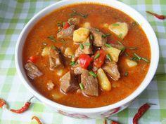 Gulas de vita cu cartofi (reteta traditionala ungureasca) Tasty, Yummy Food, Polish Recipes, Thai Red Curry, Bacon, Grilling, Recipies, Meals, Cooking