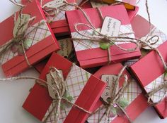 Pin for Later: 45 DIY Gifts For Co-Workers, Cousins, or Other Big Groups Post-It Note Holders Holiday Post-It note holders are easy to make and great for gifting co-workers with!