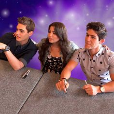 Every Witch Way: Meeting the Fans!