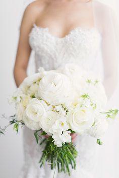 Chic elegance | Photography: Jonathan Wherrett - jonathanwherrett.com  Read More: http://www.stylemepretty.com/australia-weddings/2015/05/06/elegant-romantic-sydney-wedding/