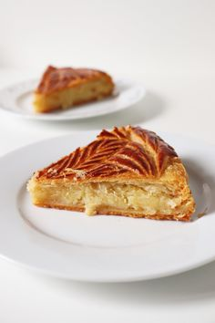Frangipane Creme Patissiere, Tart Recipes, Dessert Recipes, Almond Tart Recipe, French Cake, French Pastries, Cream Recipes, Christmas Desserts, Food And Drink