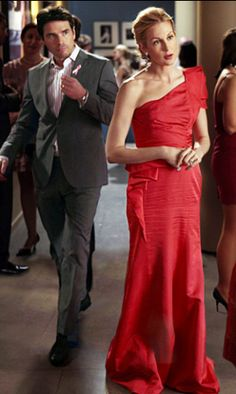"'Gossip Girl,' Season 4, Episode 19: ""Petty In Pink"" RUFUS HUMPHREY (MATTHEW SETTLE)+ Suit: Hugo Boss+ Shirt: ZegnaLILY HUMPHREY (KELLY RUTHERFORD)+ Dress: Redux 