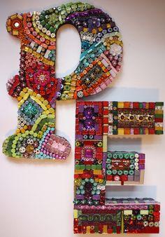 Mosaic letters -- Use Mardi Gras Beads Mosaic Diy, Mosaic Garden, Mosaic Crafts, Mosaic Glass, Mosaic Tiles, Glass Art, Stained Glass, Mosaic Designs, Mosaic Patterns