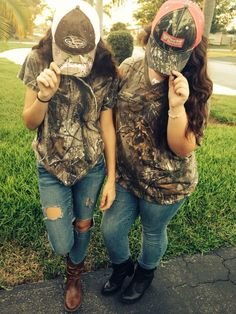 Pin by amber daughtry on //bffs// Country Girl Pictures, Real Country Girls, Country Girls Outfits, Country Girl Quotes, Country Girl Style, Cute N Country, Girl Outfits, Cute Outfits, Rodeo Outfits