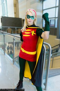 """David """"DTJAAAAM"""" Ngo's photo galleries featuring thousands of cosplay pictures from anime, video game, and comic book conventions across the USA. Robin Cosplay, Robin Costume, Batman Cosplay, Superhero Cosplay, Cosplay Ideas, Costume Ideas, Cosplay Costumes, Awesome Cosplay, Best Cosplay"""