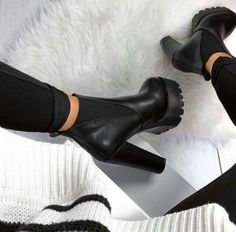 Image about fashion in All kinds of shoes, sandals and heels by Maria Maria High Heel Boots, Heeled Boots, Bootie Boots, Shoe Boots, Ankle Boots, Shoes Heels, Pretty Shoes, Beautiful Shoes, Cute Shoes