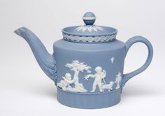 Teapot Made by the Wedgwood factory c. 1792