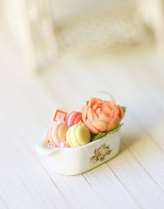 Easter Flower Arrangement Dollhouse Miniature Flower and Macarons Display Arrangement Fairy House Crafts, Doll House Crafts, Doll Houses, Miniature Fairy Gardens, Miniature Food, Miniature Dolls, Eraser Collection, Easter Flower Arrangements, Mini Pastries