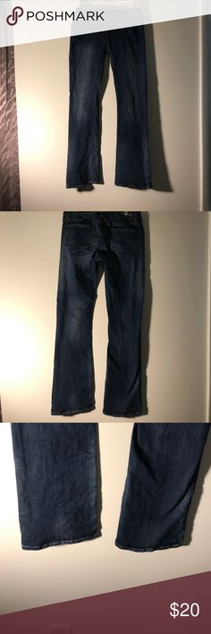 Simply Vera by Vera Wang bootcut jeans. Simply Vera by Vera Wang bootcut jeans. Great condition. They distressed in some places, this is the style of the pants. Open to offers. Simply Vera Vera Wang Jeans Boot Cut