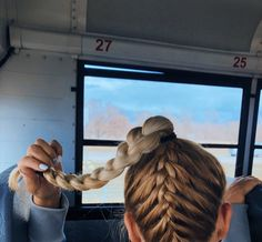 The Effective Pictures We Offer You About Volleyball Hairstyles team A quality picture can tell you Softball Hairstyles, Athletic Hairstyles, Cute Hairstyles, Braided Hairstyles, Hairstyles Videos, Hairdos, School Hairstyles, Game Day Hair, Gorgeous Hair