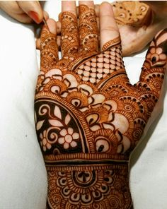 Mehndi by hayat Mehndi Tattoo, Henna Mehndi, Henna Art, Mehendi, Henna Tattoos, Bridal Henna Designs, Dulhan Mehndi Designs, Bridal Mehndi, Mehndi Design Pictures