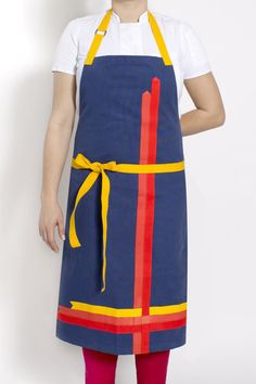 This apron was inspired by the suits of parachute jumpers. It's fun, bright, colorful and totally OUT THERE. Someone buy me this apron for Chrissake!
