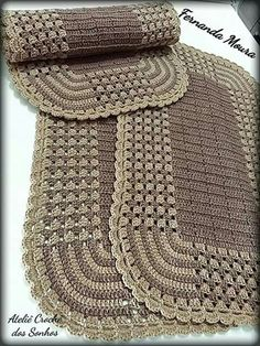 Crochet_tutorial -- a beautiful stitch in as much color as you