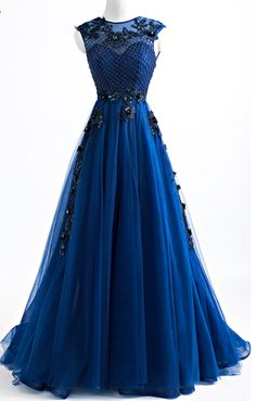 Royal blue for the new arrival outdoor wedding dress, evening dress long open gauze edge ACTS the role of the back of the sexy dress for a formal party dress Unique Prom Dresses, Grad Dresses, Pretty Dresses, Homecoming Dresses, Beautiful Dresses, Evening Dresses, Formal Dresses, Wedding Dresses, Outdoor Wedding Dress