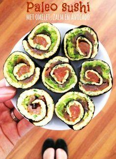 Paleo sushi met omelet, zalm en avocado — Peachy Paleo