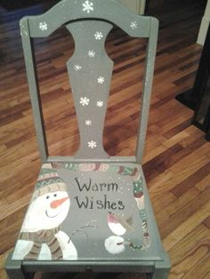 chairs painted for xmas with snowmen on then Christmas Chair, Christmas Wood, Primitive Christmas, Christmas Wishes, Christmas Projects, Snowman Crafts, Holiday Crafts, Hand Painted Chairs, Painted Furniture