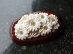Brooch light wood and celluloid, Brooches, Berries, Plastic, Fruit, Wood, Cake, Flowers, Desserts, Vintage