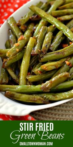 Stir Fried Green Beans with Ginger and Garlic Garlic Green Be. Stir Fried Green Beans with Ginger and Garlic Garlic Green Beans Stir Fry Greens, Stir Fry Green Beans, Garlic Green Beans, Wok Recipes, Side Dish Recipes, Vegetable Recipes, Healthy Recipes, Healthy Meals, Recipes Dinner