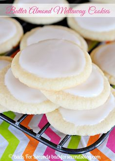 Soft Almond Meltaways with Vanilla Almond Icing - these are so addicting! #meltaways #buttercookies #icedcookies