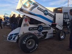 The NASCAR star seemed somewhat surprised at his win at Cocopah Speedway. Sprint Car Racing, Dirt Racing, Auto Racing, Speedway Racing, Kyle Larson, Racing News, Vintage Race Car, Dirt Track, Car And Driver