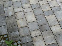 Torino-kivet, väri savu Tutustu pihakivimalleihin www.rudus.fi/pihakivet Tile Floor, Sidewalk, Flooring, Tile Flooring, Hardwood Floor, Floor, Pavement, Paving Stones, Curb Appeal
