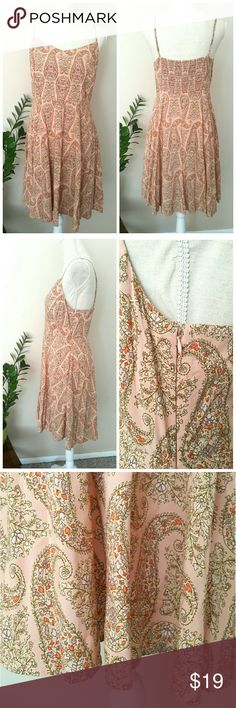 "Old Navy Pastel Pink Sun Dress Size L Beautiful Women's Sun Dress Size Large from Old Navy in Pristine condition. Sweet pastel pink color. Super flattering. With side zipper and adjustable straps for fit. 100% rayon. Very soft and comfy.   ℹ Chest 17.5"", Length 34"" shoulder to hem Old Navy Dresses"