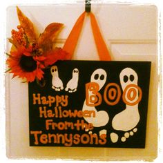 Halloween footprint decor