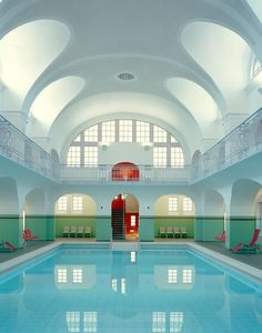 People Share Pics Of Real-Life Locations That Look Like They're Straight Out Of A Wes Anderson Movie