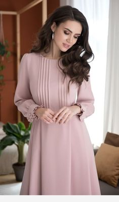 Related posts:Pink nails with designSimple chic outfit!Retro jeans for street - wow Modest Dresses, Stylish Dresses, Simple Dresses, Elegant Dresses, Pretty Dresses, Vintage Dresses, Casual Dresses, Beautiful Dresses, Abaya Fashion