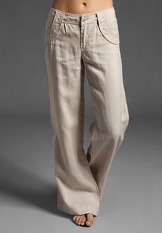 I LOVE linen pants, they're sooooo comfy Style Palazzo, Linen Drawstring Pants, Drawstring Waist, Wide Leg Linen Pants, Linen Trousers, Mein Style, Zara, Revolve Clothing, Fashion Outfits