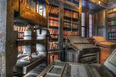 Old Printing Press by Simon Bull Images, via Flickr