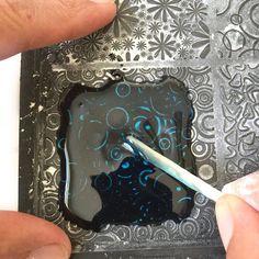 Texturized Resin Tutorial: Part 2 - Nunn Design Diy Uv Resin, Diy Resin Crafts, Resin Art, Jewelry Crafts, Hand Crafts, Resin Jewelry Tutorial, Resin Jewlery, Resin Tutorial, Resin Ring