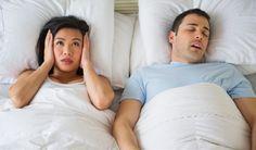 Depois de mais um dia, você deita na cama e pensa em se aventurar em um soninho gostoso, mas de repente ruídos chatos começam a atrapalhar aquele momento que você jurou que seria de total descanso. Seja seu próprio ou do seu parceiro (a), o ronco pode ter consequência que vão desde algumas noites mal dormidas a diversos problemas sérios de saúde.  http://www.farmaciaeficacia.com.br/blog/saiba-como-parar-de-roncar/
