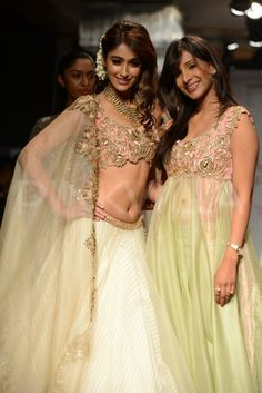 Ileana D'cruz walks for Anushree Reddy at LFW 2014 | PINKVILLA