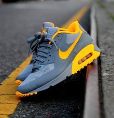 51 Trendy Ideas For Sneakers Nike Air Max Outfit Sports 51 Trendy Ideas For Cute Sneakers, Sneakers Mode, Best Sneakers, Sneakers Fashion, Sneaker Outfits, Nike Outfits, Nike Air Max Jordan, Nike Air Max Mens, Nike Max