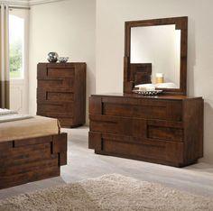San Diego High Chest Walnut. Destaca por su diseño y por el trabajo a detalle en la madera, único! #MoberDesign