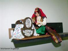 Muhterem'le Sergiye: 2012 İSMEK FESHANE SERGİSİ-KİTRE BEBEK Clay Dolls, Turkey, Platform, Turkey Country, Heel, Wedge, Heels