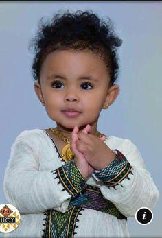 Ethiopian Beauty, Ethiopian Dress, Beautiful Black Babies, Beautiful Children, Baby Boy Outfits, Kids Outfits, Cute Kids Photos, Black Royalty, Kids Around The World