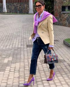 Stylish Outfits For Women Over 50, Over 50 Womens Fashion, Fashion Over 50, Classy Outfits, Chic Outfits, Fashion Outfits, Blazer Fashion, Denim Fashion, Yellow Jacket Outfit
