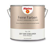 """Alpina Feine Farben """"Zeit der Eisblumen"""":  Dank der zarten, fast frostigen Note fällt es diesem lichten Grau leicht, mit seiner zeitlosen Ausstrahlung zu überzeugen."""