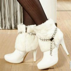 Winter White Boots....HOT