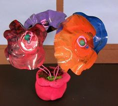 Donna Lexa idea - recycled record flowers