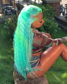 𝐏𝐈𝐍𝐓𝐄𝐑𝐄𝐒𝐓: Selisha Floyd Source by Baddie Hairstyles, My Hairstyle, Black Girls Hairstyles, Fringe Hairstyles, Colored Weave Hairstyles, Casual Hairstyles, Bridal Hairstyles, Party Hairstyles, Messy Hairstyles