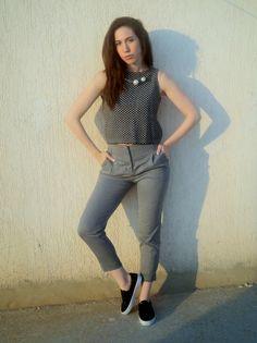 K Fashion Wardrobe: FIFTY SHADES OF GREY Fifty Shades Of Grey, Capri Pants, Zara, How To Wear, Fashion, Moda, Capri Trousers, Fashion Styles, Fashion Illustrations